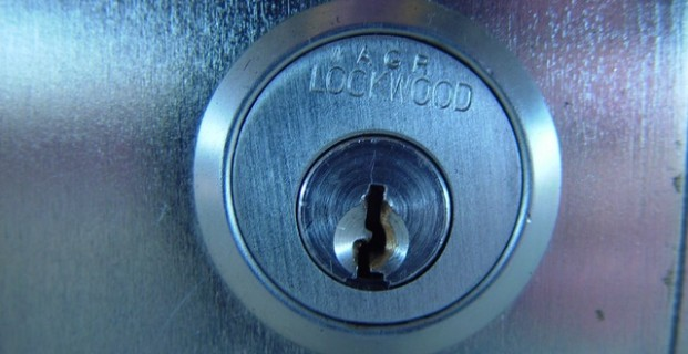 Jak zabezpieczyć dom przed kradzieżą?