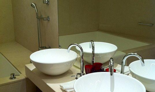 Jaki grzejnik pasuje do łazienki?